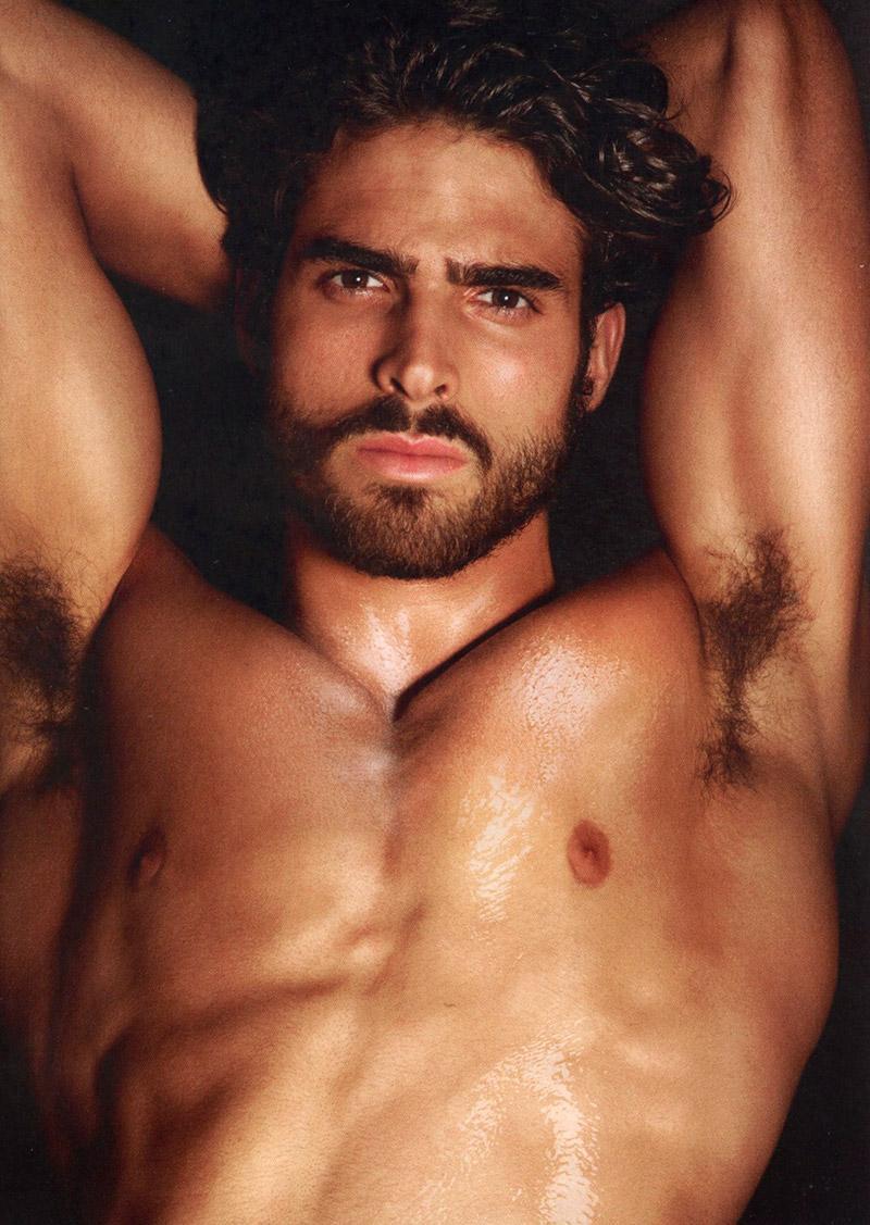 Beautiful nude men